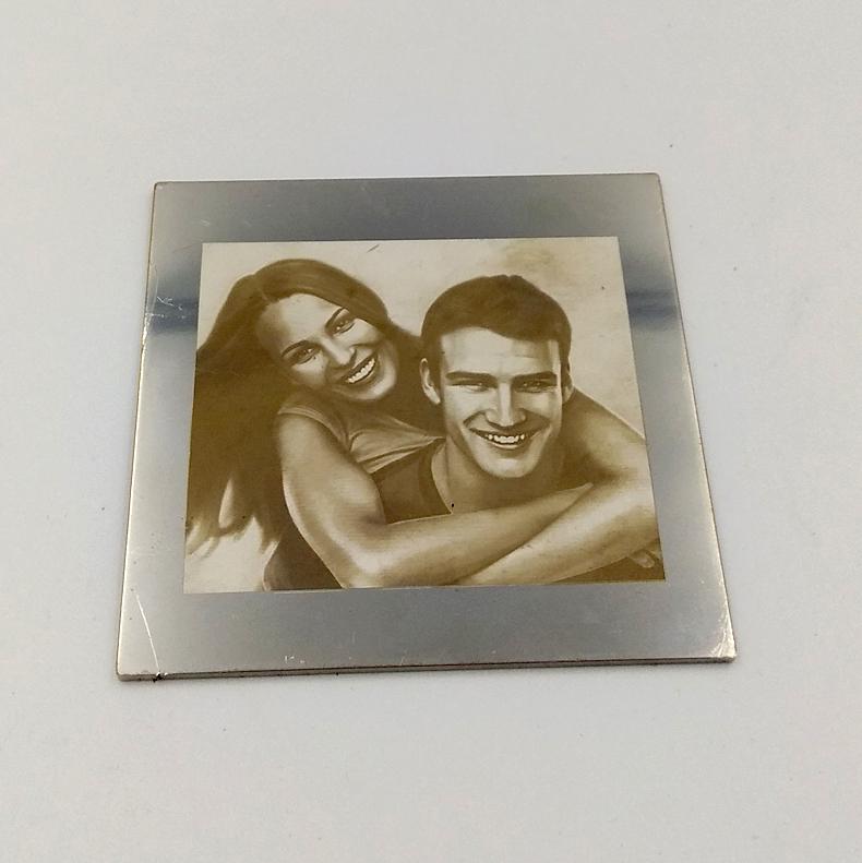 Χάραξη φωτογραφίας σε μέταλλο